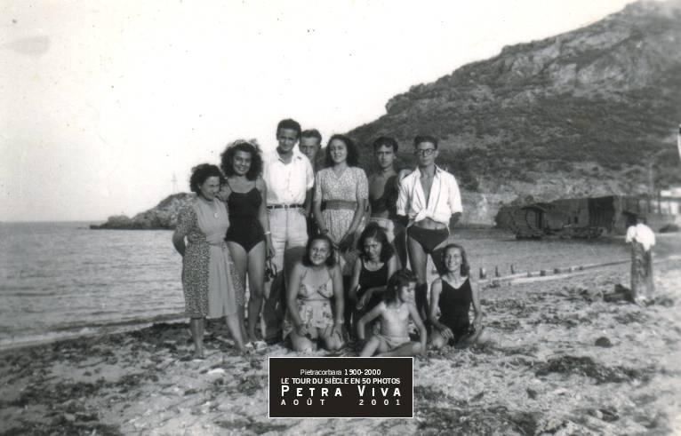 1946_4-sortir-monter-descendre-poser-et-se-poser-une-journee-a-la-plage